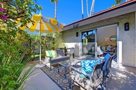 Palm Springs Condo Rentals